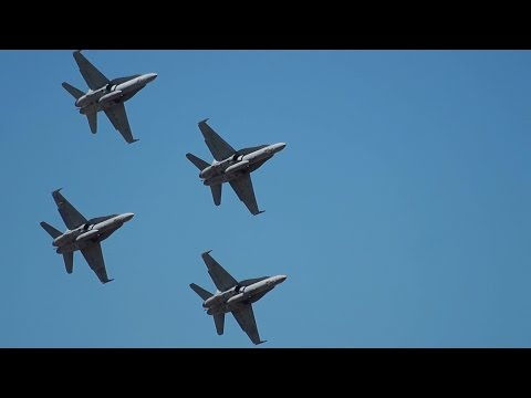 [Enhanced Sound] RAAF F/A-18 Super Hornet Flying - Centenary of Military Aviation Airshow Melbourne