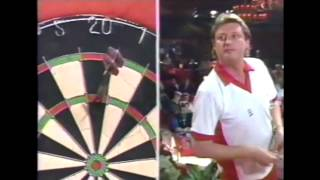 Changes to Eric Bristow's Throw: 1977-2015