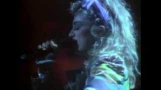 03 Madonna - Holiday - The Virgin Tour