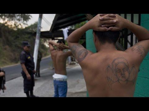 Ex pandillero explica por que los jóvenes se unen a las pandillas