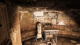 Exploring a Secret Underground Dungeon in Rome (R$E)