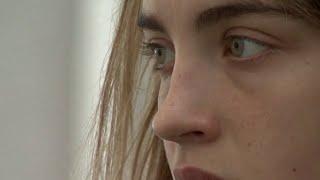 Adèle Haenel - Chloé (Les Diables)