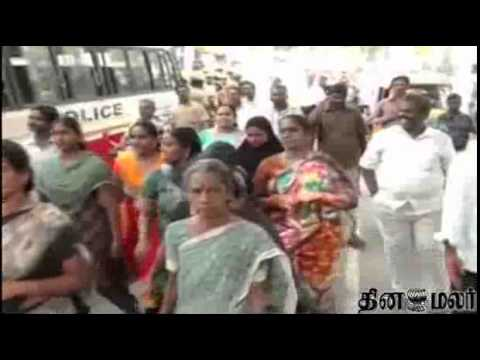 Parents Protest in Support for Teachers at Chennai Kodambakkam