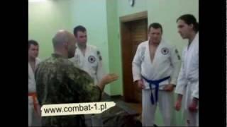 Szkoła Walki Wręcz Combat-1