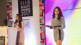 Anchor Zinia Fernandes Hosts the ELLE Beauty Awards 2017 for the second year.