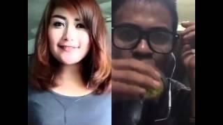 VIDEO SMULE TERLUCU - NGAKAK !!! GOYANG DUMANG MALAH GAGAL FOKUS