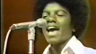 Jackson 5 - Dancing Machine (Michael does ROBOT) - Soul Train 1973