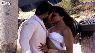 Be Intehaan Making  Race 2 Behind The Scenes  Saif Ali Khan  Deepika Padukone