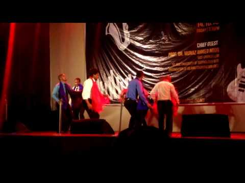 extrait cultural night 2016 presented by the Comorians students in IUT - Bangladesh