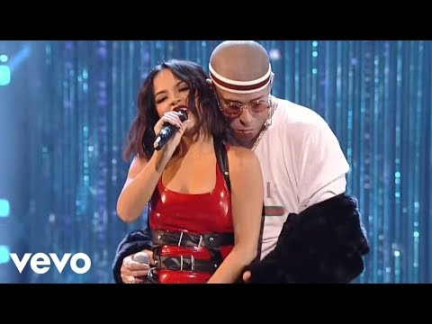 Xxx Mp4 Becky G Bad Bunny Mayores 2017 Latin American Music Awards 3gp Sex