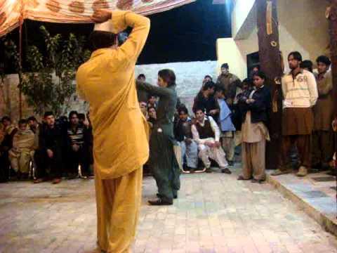 dj party in tehkal peshawar.MPG
