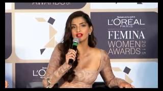 Sonam Kapoor: Aishwariya Rai Wanted Attention On Her Purple Lips.