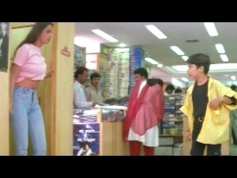 Xxx Mp4 Simran Showing Her Navel To Boy In Shopping Complex Comedy Kings Akkineni Nagarjuna Simran 3gp Sex
