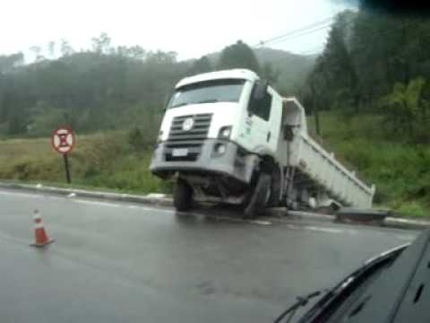 trucks accident brasil 2