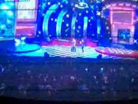 Tarkan Kral Tv video Müzik Ödülleri Yılın Sarkisi 2001