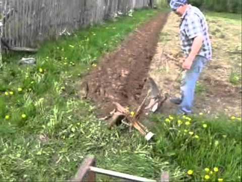 Вспашка огорода своими руками