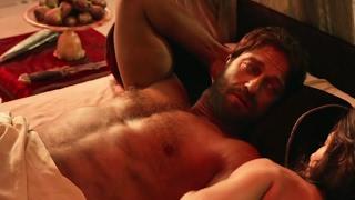 Gerard Butler shirtless scene [Gods Of Egypt (2016)]