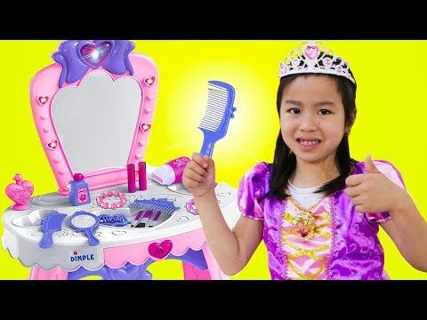 Xxx Mp4 Jannie Pretend Play PRINCESS Dress Up W Makeup Toys 3gp Sex