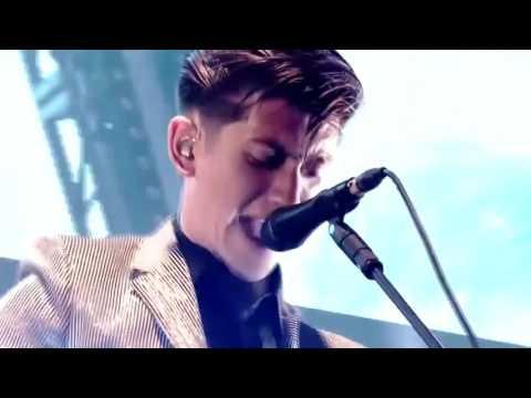 Arctic Monkeys Live (AM Tour Ultimate Show)