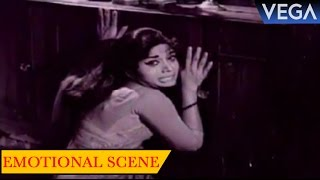 Padminini Been Forced For Marriage By Her Uncle || Rathrivandi Movie Scenes