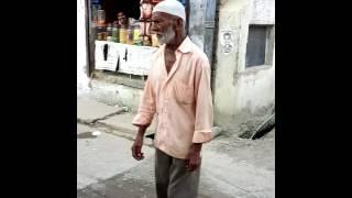 Old man gaali