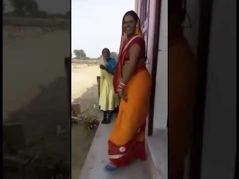 Xxx Mp4 Desi Village Bhabhi In Saree Hot Dance 3gp Sex