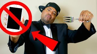 NO PHONES AT THE TABLE! - Onyx Family