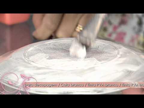 Aprenda a fazer um prato decorativo com a técnica de decupagem e craquelê com cola