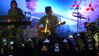 Iwan Fals   Pohon untuk Kehidupan   Live Mithsubishi Cirebon