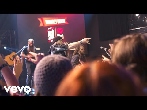 Download Brantley Gilbert - The Weekend (Live on the Honda Stage at iHeartRadio Theater LA)