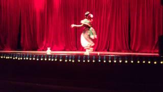 NYU  BSA JHOOM 2013 Nura Anwar Ami banglay gaan gai dance performance