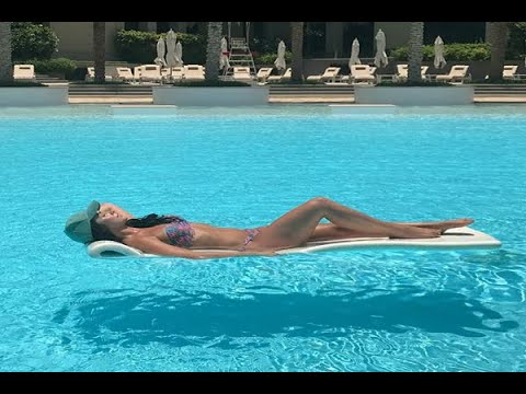 In Graphics: Viral: Lauren Gottlieb Dubai pool pic of perfect figure is the new most liked