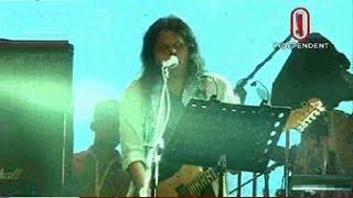 জঙ্গিবিরোধী কনসার্টে গান গাইলেন জেমস