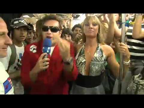 Pânico na TV 20 12 2009 Balada no metrô Vesgo e Juju foram conferir o que rolou