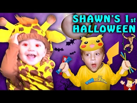 SHAWN S FIRST HALLOWEEN Dangerous Candy Addiction FUNnel Vision Family Costume Vlog 2016
