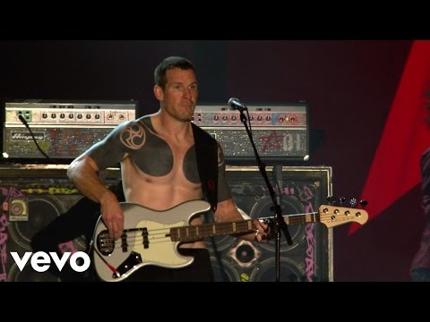 Rage Against The Machine - Killing In The Name - Live At Finsbury Park, London / 2010