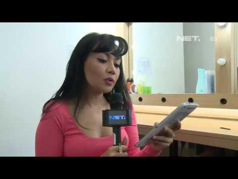 Entertainment News - Dewi Gita menjawab pertanyaan dari Twitter