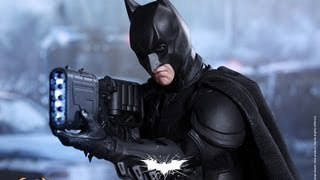 The Dark Knight Rises Hot Toys DX-12 Batman 1/6 Scale Collectible Movie Figure Review