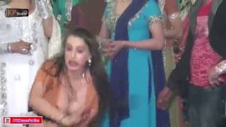 ANG ANG PHARKAY BY LAILA @ TRADITIONAL WEDDING PARTY MUJRA