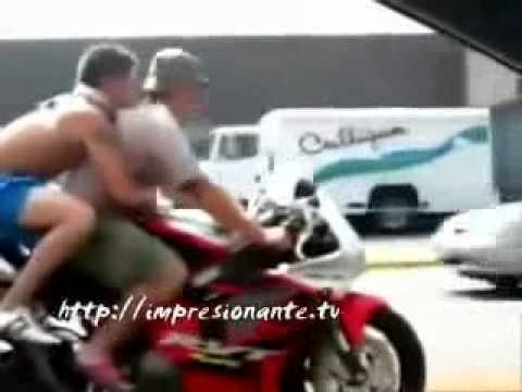 tombos e quedas de moto