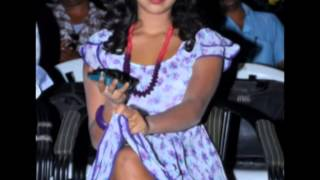 amalapaul hot stills thigh show panty andhramirchi