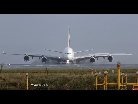 Xxx Mp4 Airbus A380 Landing This Is What Professionals Pilots Do On Wet Runway 3gp Sex