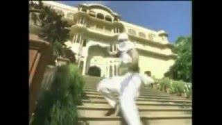 Biddu Farebi - Mere Dil Ke Kareeb Tha Woh