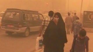 ریز گردها جنوب و غرب ایران را فلج کردند