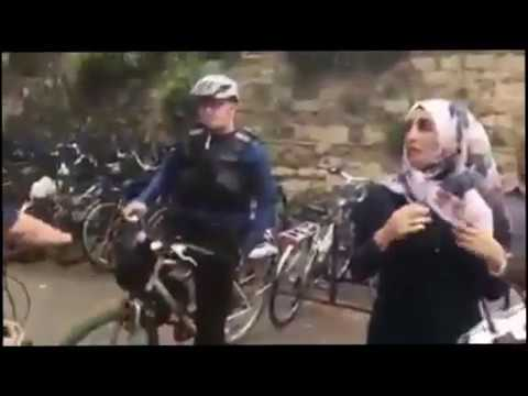OXFORD 2017 - Muslim woman stopped by British police for wearing Hijab!