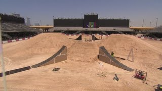 Track Preview w/ Tom Pagès - Red Bull X-Fighters World Tour 2013 Dubai
