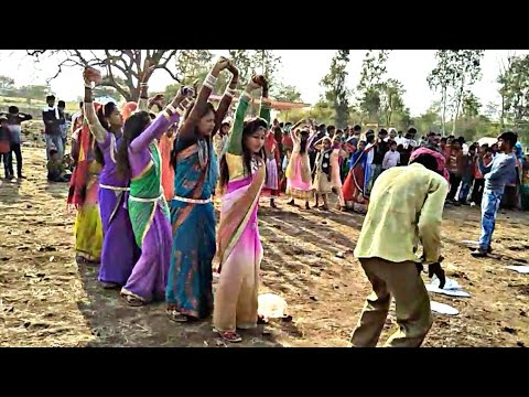 Xxx Mp4 धीरी धीरी नाच छोरी घाघरो हमाल Female Dance Adivasi Songs Arjun R Meda Adivasi Dance 3gp Sex