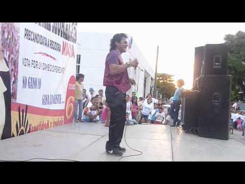 EL DOBLE DE RIGO TOVAR CANTA ´´ ALLA EN MI PUEBLO ´´ EN LA COMUNAL MORELOS.mp4