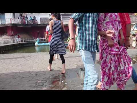 DESI GIRLS ENJOY IN THE WATER