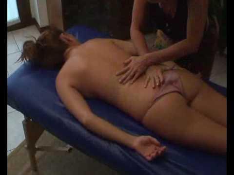 Enrica Dubini massaggio hawaiano parte 1